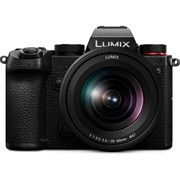 Panasonic Lumix S5 + Lumix S 20-60mm f/3.5-5.6 Kit (2 left at this price)