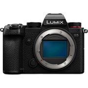 Panasonic Lumix S5 Body (Bonus Sigma 45mm f/2.8 lens, valid till 30 Sep 20 while stocks lasts)