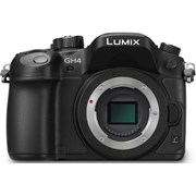 Panasonic SH GH4 body only grade 9 (incl 2 x batteries)