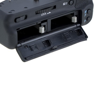 Product: Phottix Battery Grip BG-750D/760D